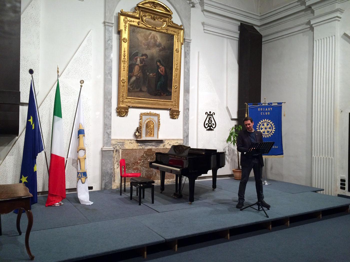 http://www.rotarysaluzzo.it/wp-content/uploads/2016/02/Duo_Flauto_Pianoforte_Rotary_Saluzzo_160213_03.jpg